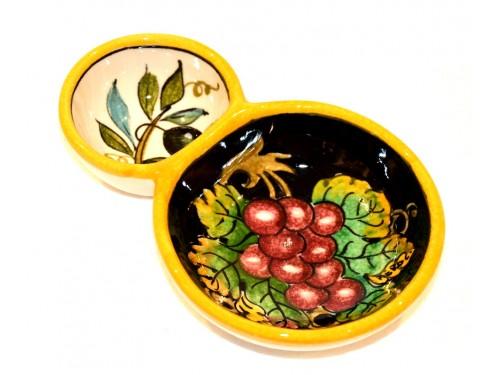Olive bowl appetizer grapes olives black